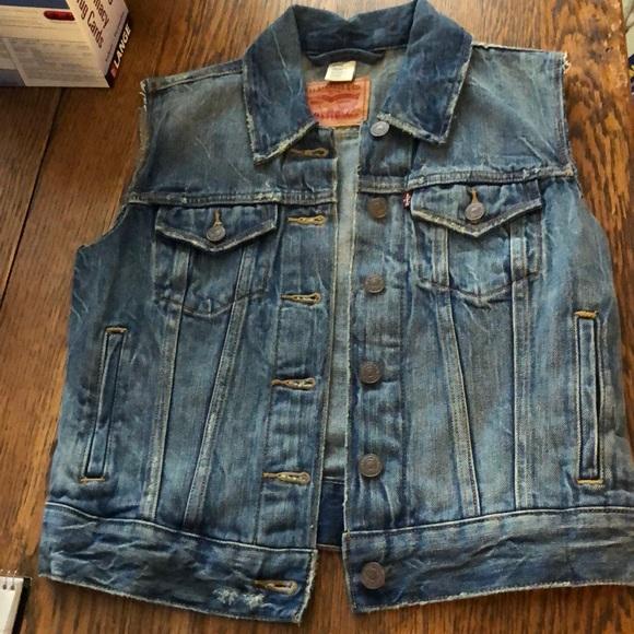 Levi's Jackets & Blazers - Levi's denim vest